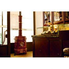 Matilde di Canossa - компактная печка из цветной керамики